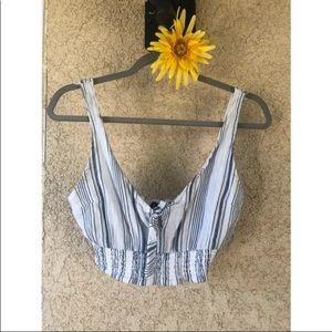 Abercrombie & Fitch Crop Top • XS